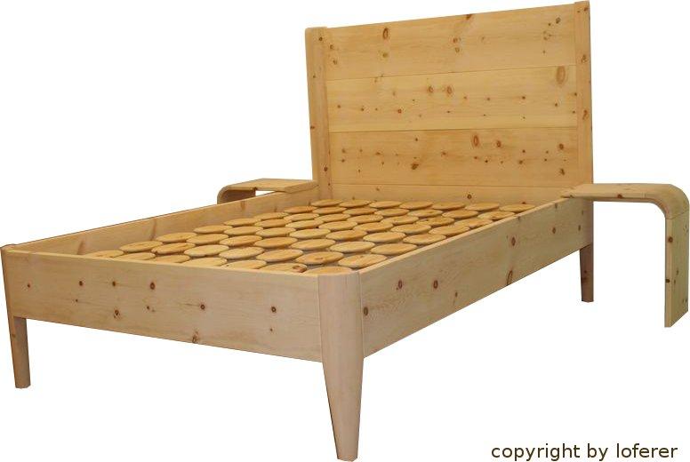 zirbenholzbett vom zirbenholzprofi loferer aus holzkirchen