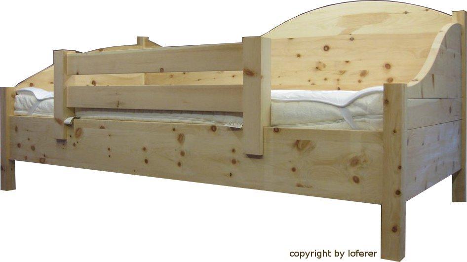 zirbenholzbett vom zirbenholzprofi loferer aus holzkirchen. Black Bedroom Furniture Sets. Home Design Ideas